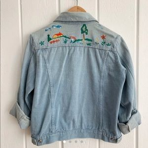 Vintage Embroidered Jean Jacket Size Small